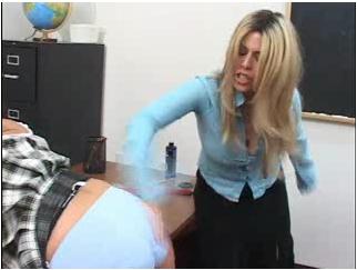 spanking220_cover.jpg