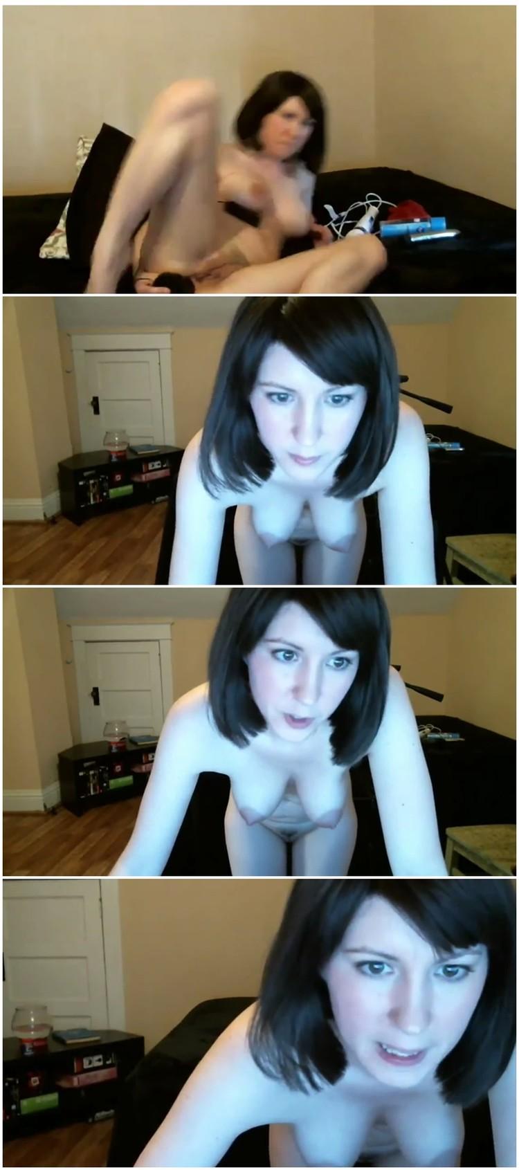 Stunning Sexy Brunette Teen Webcam Clip
