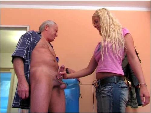 Outdoor german handjob porn