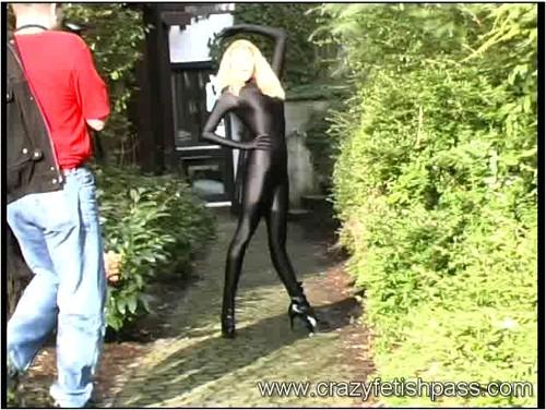 flexifetishgirls061_cover_m.jpg