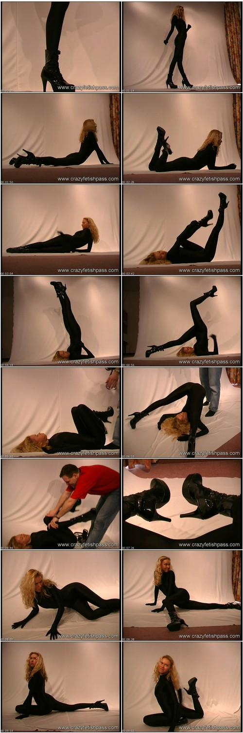 flexifetishgirls091_thumb_m.jpg